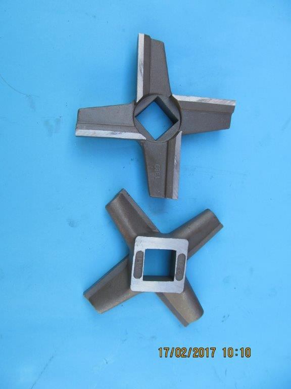 Mincer knives - 52 and 32